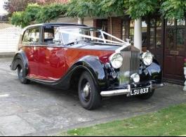 Vintage Rolls Royce Wedding car in Rochester